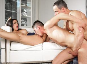 Kinky bi-sexuelle 3some action !