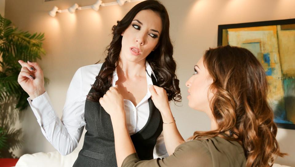 Lesbian Stepmother, Scene #02