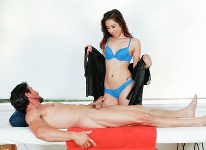 Strip Mall Asian Massage, Scene #03