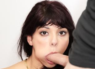 Deep Throat This - Swallow Editi
