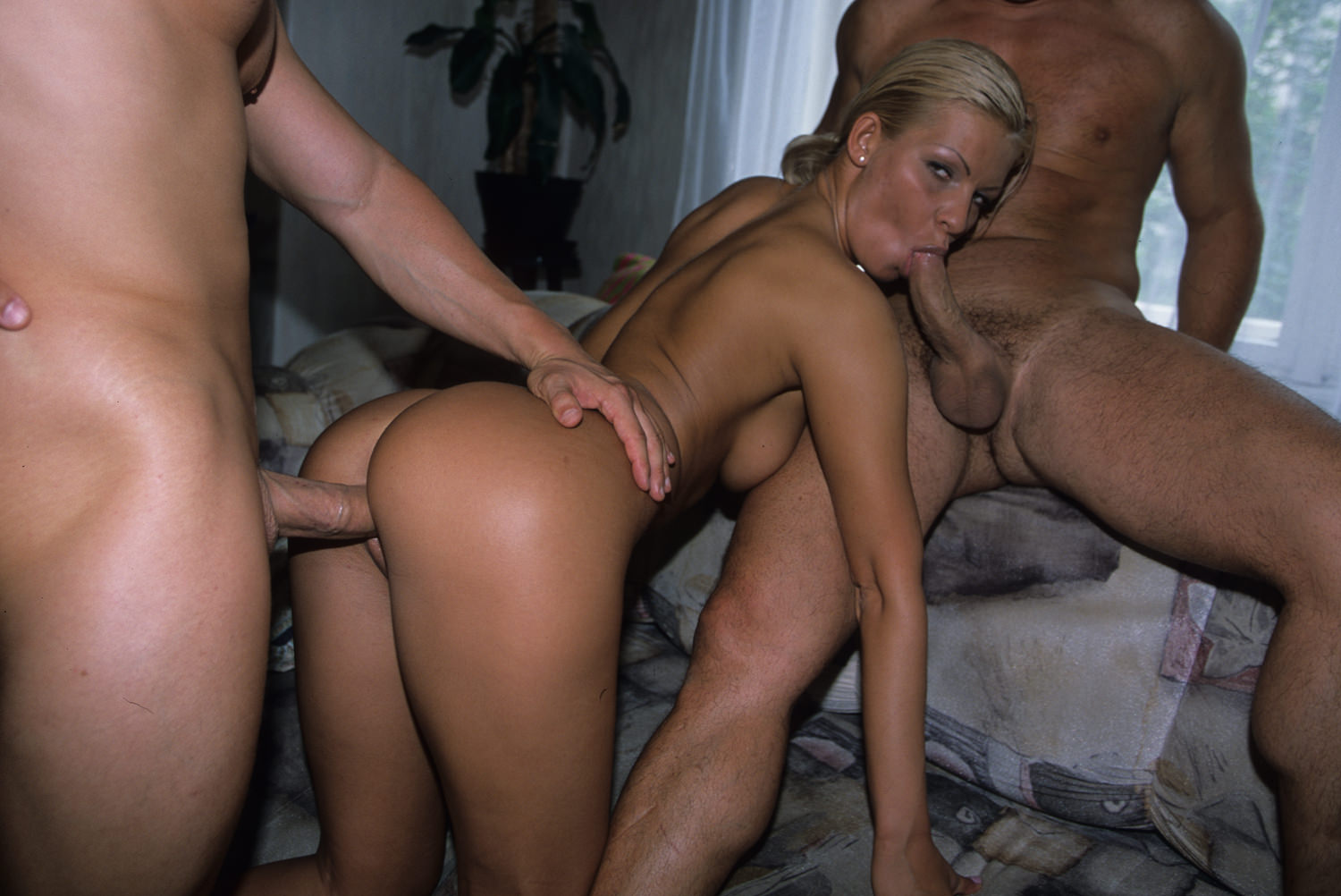 Buttman's Anal Divas #02, Scene #03