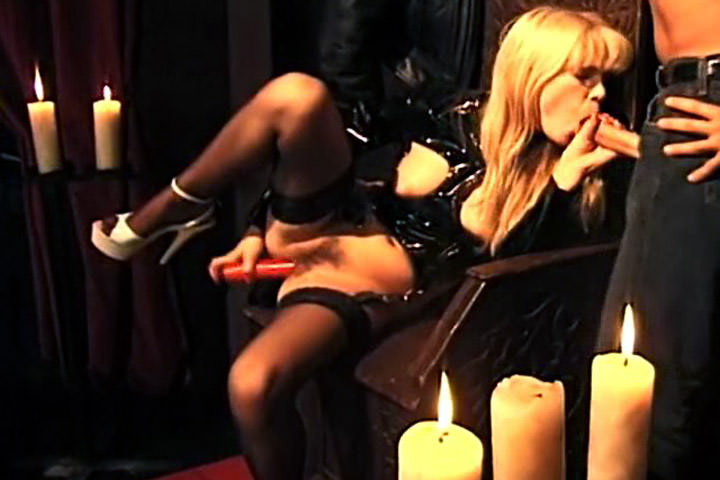 Screenshot 2 from the Christoph Clark's Euro Angels 7
