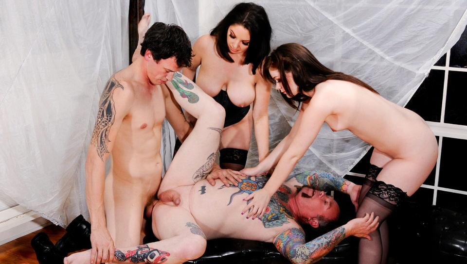 Bisexual dirty couples sharing their partners