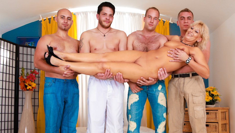 blonde wife group sex - Busty blonde wife enjoys group sex